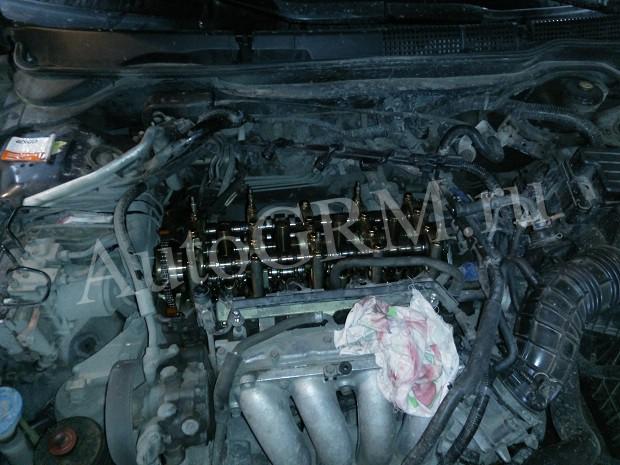 Двигатель K24A3 без крышки
